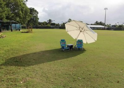 use-itt-best-beach-patio-porch-deck-tailgate-umbrella-for-wind-7